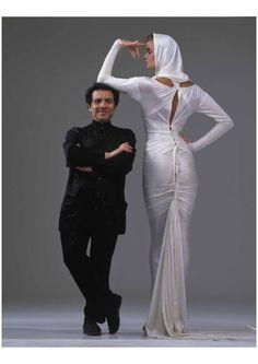 Azzedine Alaïa with Elle Macpherson, photo Gilles Bensimon, 1986