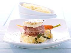 Französische Ziegenkäsetaler auf Schweinemedaillons im Baconmantel