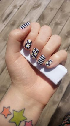 Jamberry -- Simply Daisy and Black and White Stripe