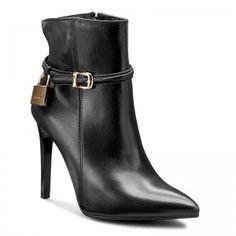 Magasított cipő CARINII