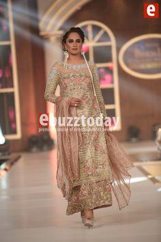 sara-rohail-telenor-bridal-couture-week-2015-ebuzztoday (11)