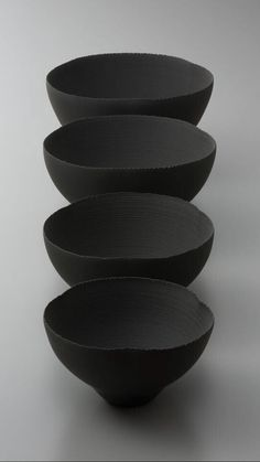 Most recent Free japanese Ceramics black Thoughts Matte Black may be naturally modern but it works well as a transitional finish too. Ceramic Clay, Ceramic Bowls, Ceramic Pottery, Japanese Ceramics, Japanese Pottery, Japanese Bowls, Earthenware, Stoneware, Keramik Design