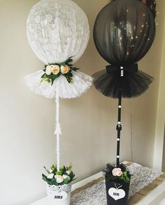 """Use of """"Tule Balloon"""" with tulle-wrapped balloons . - Crafts - Use of """"Tule Balloon"""" with balloons wrapped in tulle - Wedding Balloons, Butterfly Balloons, Bridal Shower Decorations, Wedding Centerpieces, Wedding Decorations, Wedding Scene, Diy Wedding, Arch Wedding, Wedding Ideas"""