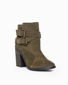 Emma in Olive Suede >>>