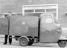 Library Van at Ballyfermot Library, Drumfinn Park, Dublin. My very first library. The man who worked here was so helpful. He really cared.