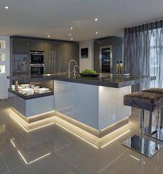 Luxury Kitchen Design, Kitchen Room Design, Home Room Design, Dream Home Design, Luxury Kitchens, Home Decor Kitchen, Interior Design Kitchen, Life Kitchen, Kitchen Wood