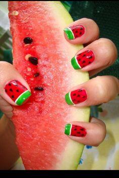 Watermeloen nagels, super leuk in combi met onze watermeloen telefoonhoesjes!