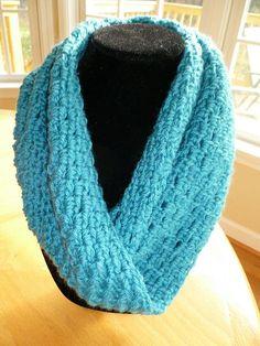 A New Year, A New Crochet Cowl - free crochet pattern.