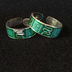 92.5% Silver Toe-Ring Pair