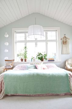 20 Best Mint Green Bedrooms To Help You Relax Images Bedroom Decor Ideas