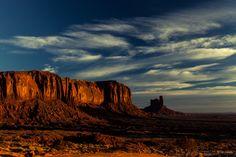 Monument Valley Sentine Mesa Sunrise