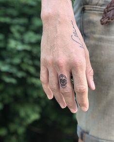 Skull 💀 @taql.tattoo on IG