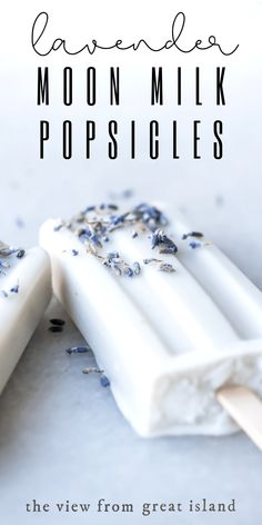 Lavender Moon Milk Popsicles Lavender Moon Milk Popsicles are a relaxing bedtime ritual reinvented for summer. These vegan coconut milk popsicles guarantee sweet dreams! Coconut Milk Popsicles, Coconut Milk Recipes, Ice Cream Recipes, Scd Recipes, Healthy Popsicle Recipes, Healthy Popsicles, Healthy Drinks, Easy Recipes, Moon Milk Recipe