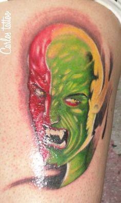 Por tatuador Carlos Paranagua.