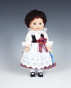 Litomyšl  http://www.loutky-marionety.cz/Litomysl-panenka-v-narodni-kroji-lt017.html