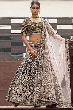 designer lakhnavi grey lehenga for bridal For order whatsapp us on Bridal Lehenga Online, Lehenga Choli Online, Indian Wedding Wear, Indian Wear, Indian Designer Outfits, Indian Outfits, Engagement Dress For Bride, Lehenga Style, Floral Lehenga