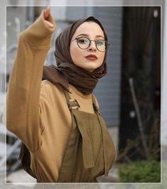 Ideas style korean girl hijab for 2019 – . – Ideas style korean girl hijab for 2019 – . Modern Hijab Fashion, Street Hijab Fashion, Hijab Fashion Inspiration, Muslim Fashion, Korean Fashion, Fashion Outfits, Fashion Tape, Mature Fashion, Girl Inspiration