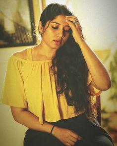 South Indian Actress Hot, Indian Actresses, Desi, Beautiful Women, Ruffle Blouse, Saree, Photography, Beauty, Ants