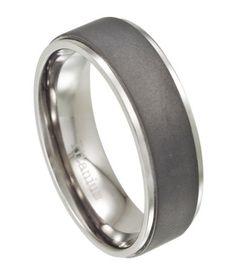 Jewelry Adviser Rings Titanium Polished w//Grey Carbon Fiber Inlay 8mm Band
