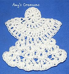 Crochet Little Angel Enjoy this Cute Little Angel Pattern! Perfect for a Christmas tree or any angel lover! Crochet Christmas Ornaments, Christmas Crochet Patterns, Crochet Snowflakes, Crochet Angel Pattern, Crochet Angels, Diy Crochet, Crochet Crafts, Crochet Things, Crochet Ideas