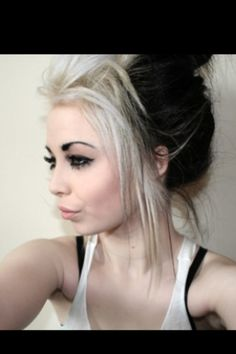 Cute black and blonde hair! Also LOVE messy hair!