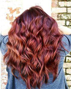 """ᴍᴇʀʟᴏᴛ-ᴍʏ-ɢᴀʜ!"" red hair color inspo : instagram.com/magic.maker"