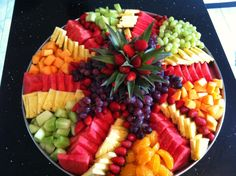 What Are Some Healthy Snacks For Kids? Party Food Platters, Food Trays, Fruit Trays, Fruit Fruit, Fruit Cakes, Fruit Recipes, Appetizer Recipes, Fruit Platter Designs, Fruit Skewers