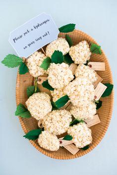 Popcorn Hydrangea Favors DIY