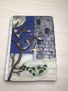 """Polymer Clay Journal, """"Creepy Tales"""" collection, Quaderno di pasta polimerica, fiabe popolari, La spada nella roccia, Sword in the Stone di AllecramArt su Etsy"""