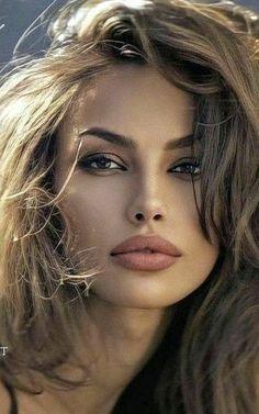 Beauty Full Girl, Beauty Women, Belle Silhouette, Most Beautiful Eyes, Beautiful Blonde Girl, Beautiful Women Pictures, Portrait, Woman Face, Pretty Face