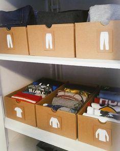 """212 Me gusta, 4 comentarios - COSmyPlace (@cos_myplace) en Instagram: """"Si tienes hijos, esta idea 💡 te va a encantar ❤️ - Reusar cajas y agregarles stickers que le den al…"""" Billy Regal, Cube Unit, Ideas Para Organizar, Konmari Method, Led Panel Light, Drawer Organisers, Bathroom Styling, Storage Bins, Closet Organization"""