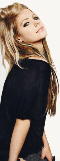 This is a perfect in between her blonde hair and the mega contrast blonde/black --- want this color
