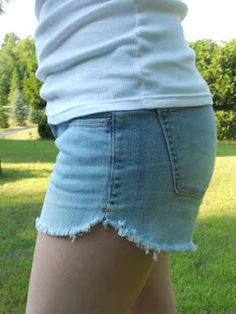 Cut off shorts tutorial - like how these scallop at the sides.