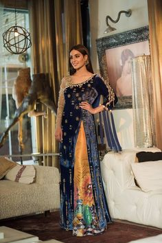 Beautiful Pakistani Dresses, Pakistani Formal Dresses, Pakistani Wedding Outfits, Pakistani Dress Design, Indian Dresses, Indian Outfits, Bridal Outfits, Velvet Pakistani Dress, Walima Dress