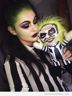 beetlejuice Halloween make up Halloween Inspo, Last Minute Halloween Costumes, Halloween Makeup Looks, Halloween Cosplay, Halloween Diy, Halloween Costume Makeup, Female Halloween Costumes, Pretty Halloween, Halloween Dress