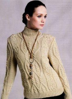 Водолазка-свитер аранами.