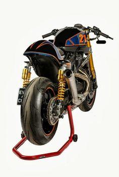 """Racing Cafè: Harley XR 1200 """"XR H-DLS"""" by Shaw Speed Custom"""