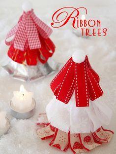 DE LUNARES Y NARANJAS: Preparando la navidad: DIY árbol de cintas