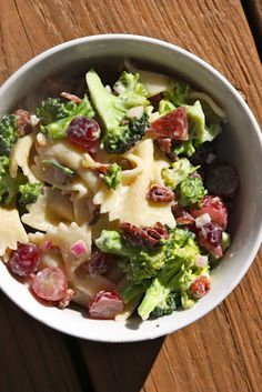 broccoli, grape, bow-tie pasta salad.... can't wait to make this myself... yummy :)