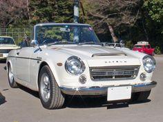 Datsun Fairlady SR311