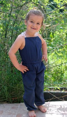 Translation of the free pattern of the combination - DIY Clothes Ideas Little Girl Dresses, Little Girls, Girls Dresses, Kids Suits, Couture Sewing, Diy For Kids, Free Pattern, Girl Outfits, Knitting
