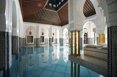 Top 20 Most Beautiful Hotel Swimming Pools in the World Mamounia Marrakech – Morocco Mamounia Marrakech, Riads In Marrakech, Marrakech Morocco, Spas, Jacuzzi, Beautiful Pools, Beautiful Places, Style Marocain, Hotel Swimming Pool