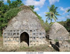 An historic tomb of a prominent century lady and her daughter on the outskirts of - Stock Image Mombasa, Kenya, Barcelona Cathedral, 19th Century, Daughter, Stock Photos, Island, Explore, Lady