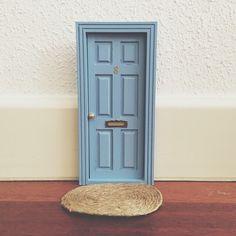 Las auténticas puertas para el ratoncito perez españolas,puertas ratón perez,regalo original niños.Toothfairy door,baby deco,kids deco trends