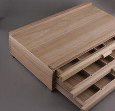 Kasetka drewniana trzy szuflady