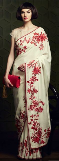lovely saree..mom