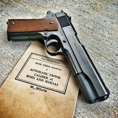 527 отметок «Нравится», 1 комментариев — DJTackleberry (@10_8guns) в Instagram: «You gotta be tough to see two world wars. Colt 1911A1 manufactured 1918. #colt #1911 #45acp…»