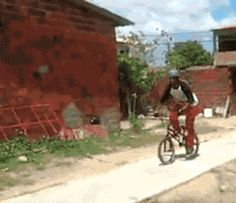 Seven Funnist cycling mistakes[Funny Gif] – The best cycling jerseys