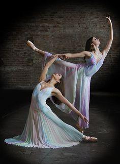 Whitney Sue Jones and Jody Blevins - Photo by Richard Calmes - http://www.pbase.com/rcalmes - Ballet, балет, Ballett, Bailarina, Ballerina, Балерина, Ballarina, Dancer, Dance, Danse, Danza, Танцуйте, Dancing