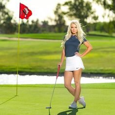 Learn just how to turn into a superior golf player. Explore just how to be able to develop into a superior golf player. Golf now Hot Girls, Girls With Abs, Girls Golf, Ladies Golf, Women Golf, Golf Sexy, Fitness Babe, Fitness Tips, Perfect Golf